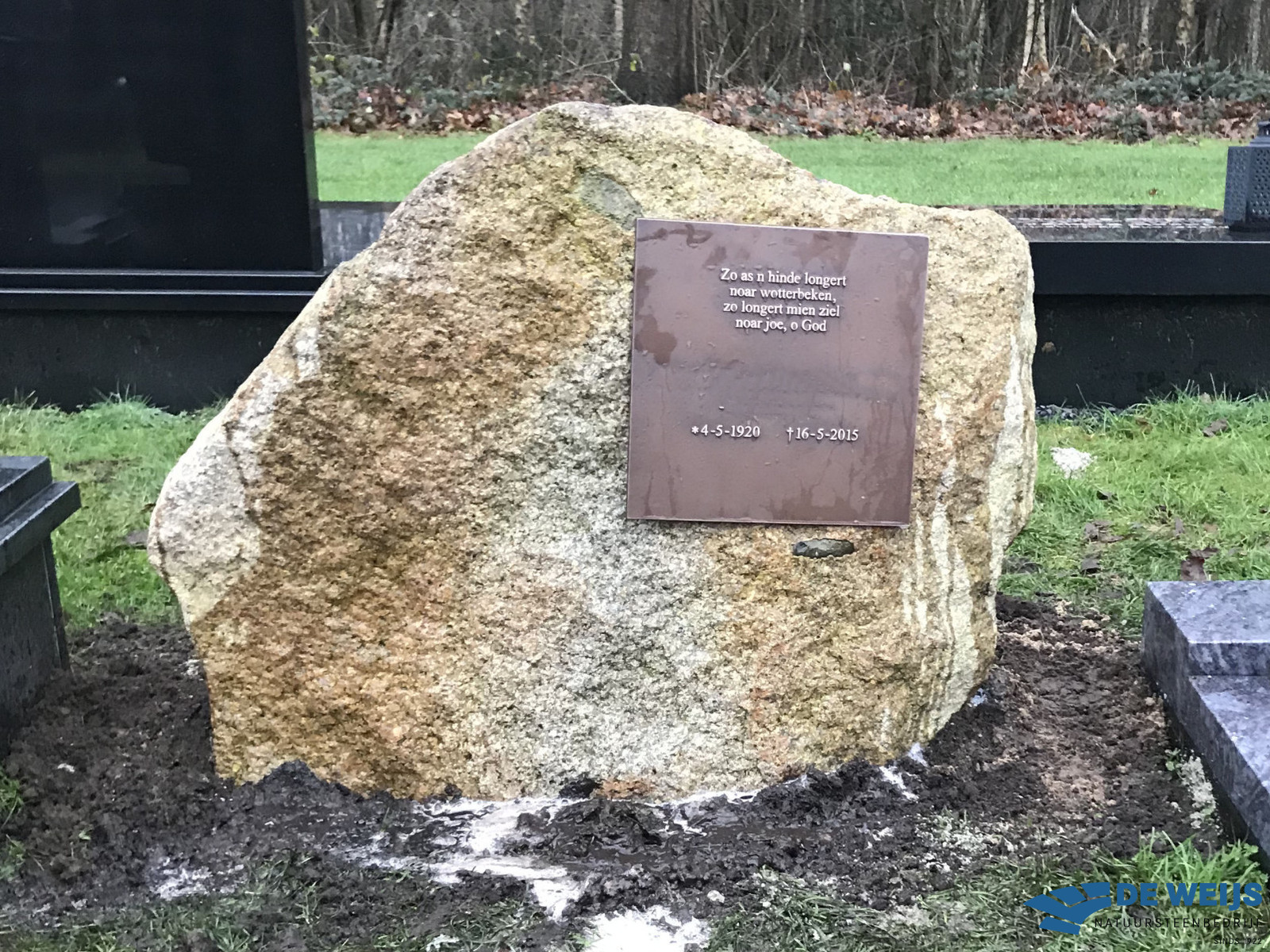 Grafmonument veldkei in Winschoten